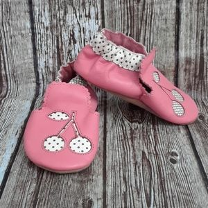 Robeez pink cherry leather soft sole shoes